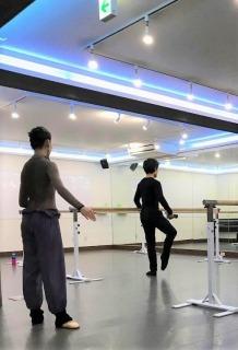 元Kバレエダンサー が教える バレエ教室 YK Ballet Class 品川レンタルスタジオ 東京 GATE STUDIO レッスン風景3